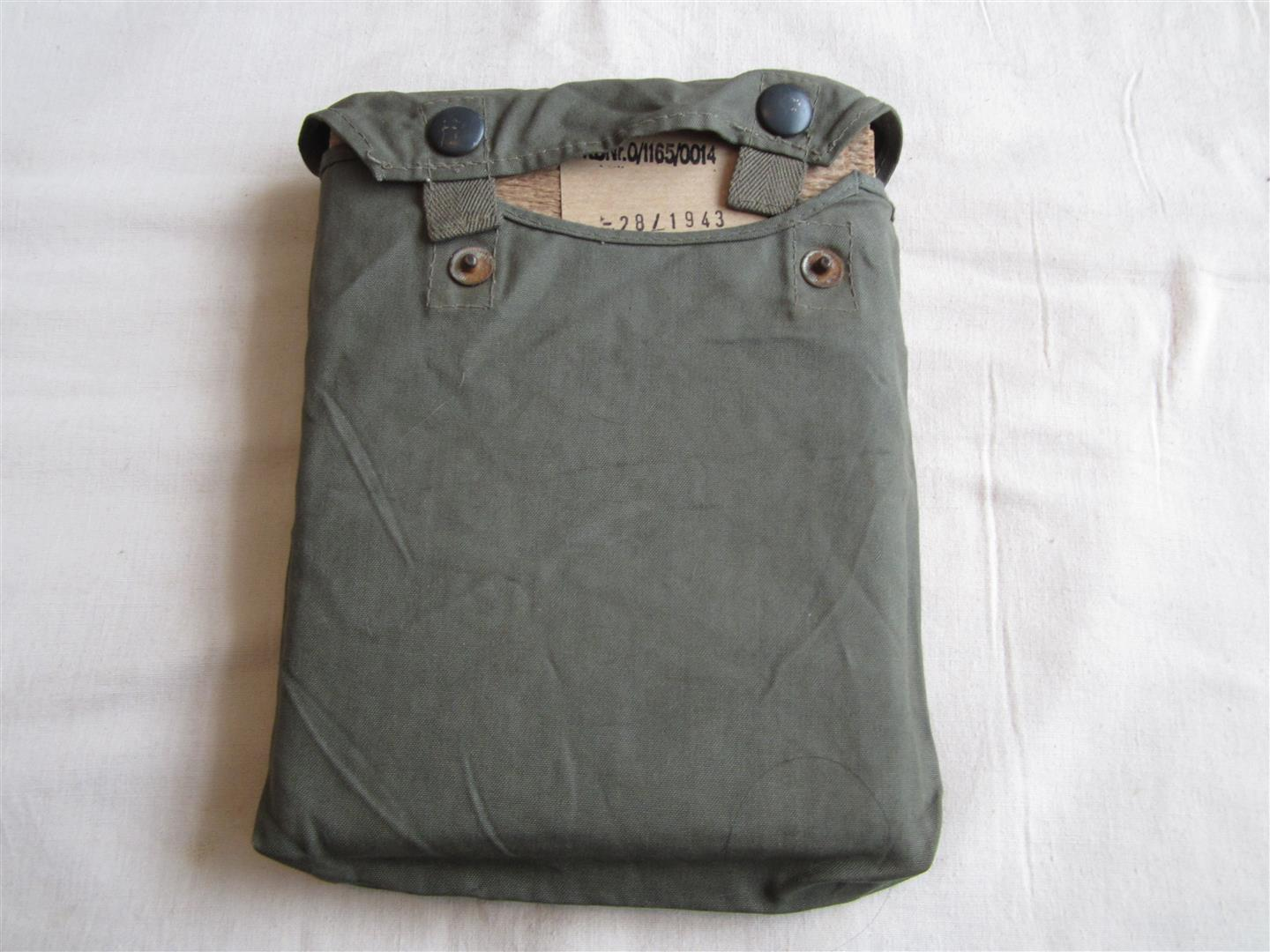 WW2 WH Gascape & Bag